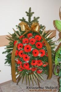 wieniec pogrzebowy z czerwonej gerbery